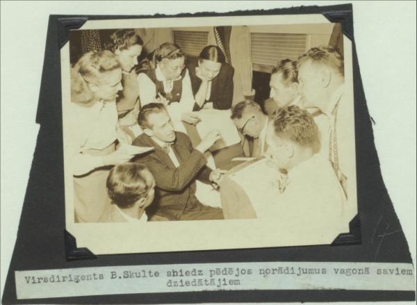 1. Latviešu Dziesmu svētku ASV (Čikāgā) fotogrāfijas. I daļa