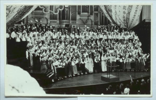 13. Austrālijas latviešu Kultūras dienas. Kopkori, dejotāji, dalībnieki. Fotogrāfijas